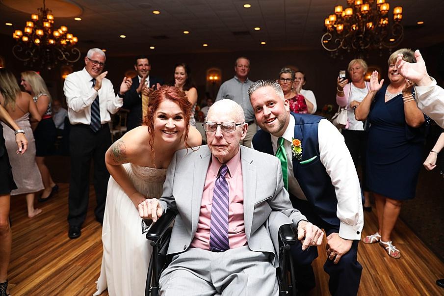 senecaryanco-pennsylvania-wedding-photographer-scranton-barnatglisteningpond_0828.jpg