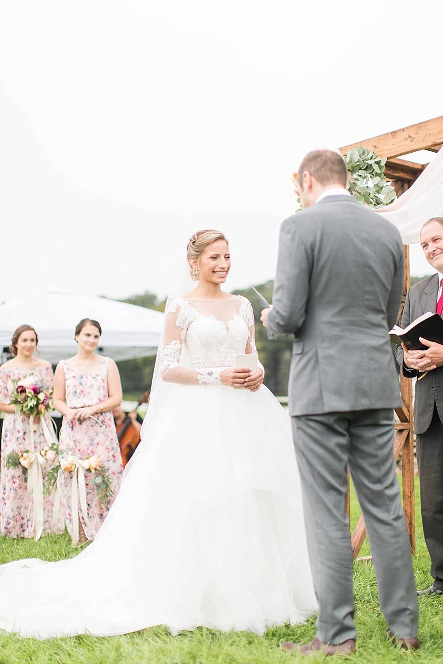 senecaryanco-pennsylvania-wedding-photographer-scranton-friedmanfarms_0052.jpg