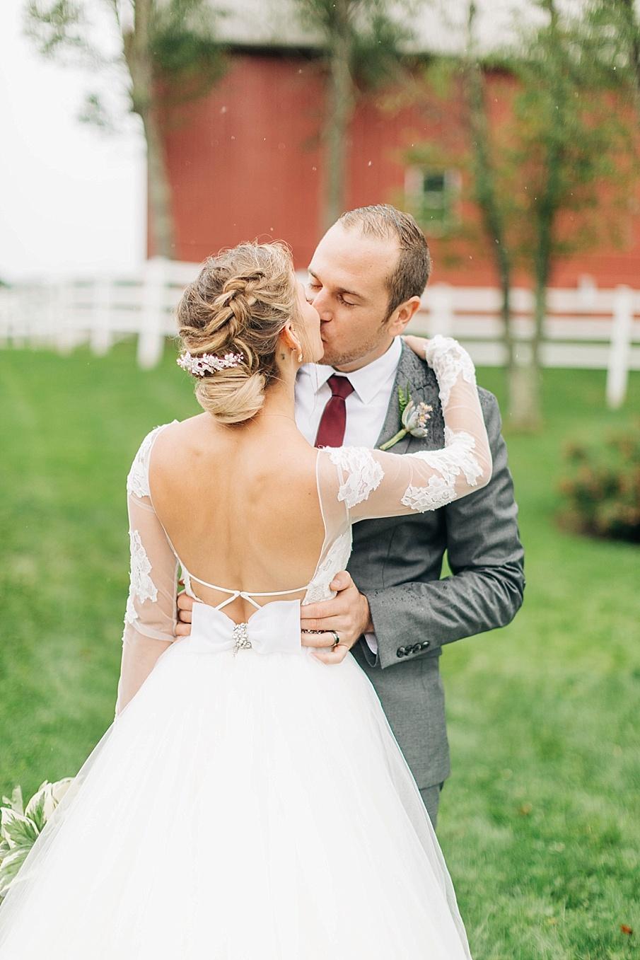 senecaryanco-pennsylvania-wedding-photographer-scranton-friedmanfarms_0067.jpg