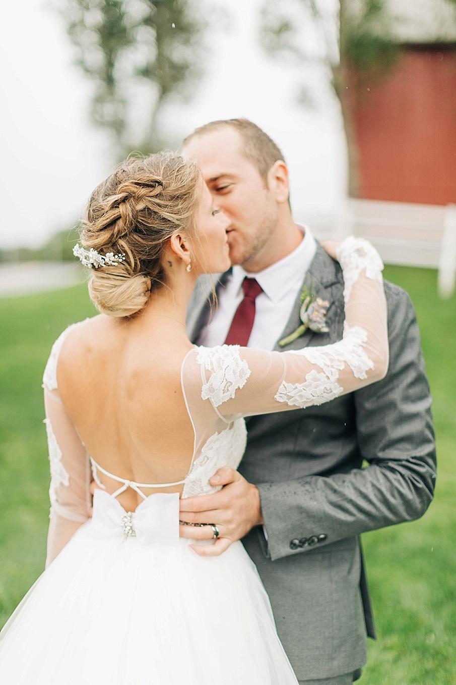 senecaryanco-pennsylvania-wedding-photographer-scranton-friedmanfarms_0068.jpg