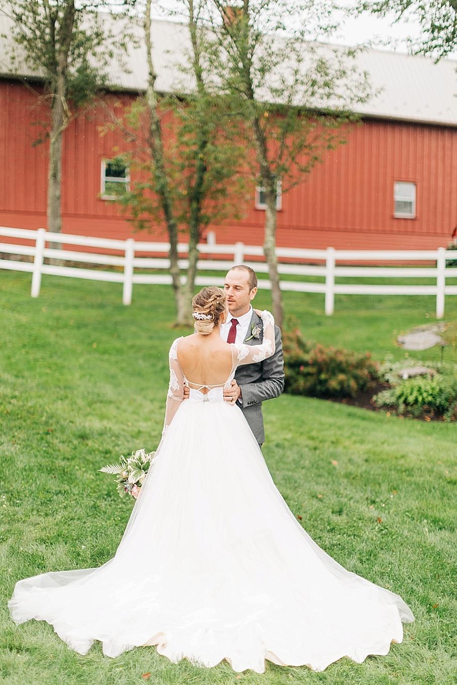 senecaryanco-pennsylvania-wedding-photographer-scranton-friedmanfarms_0070.jpg
