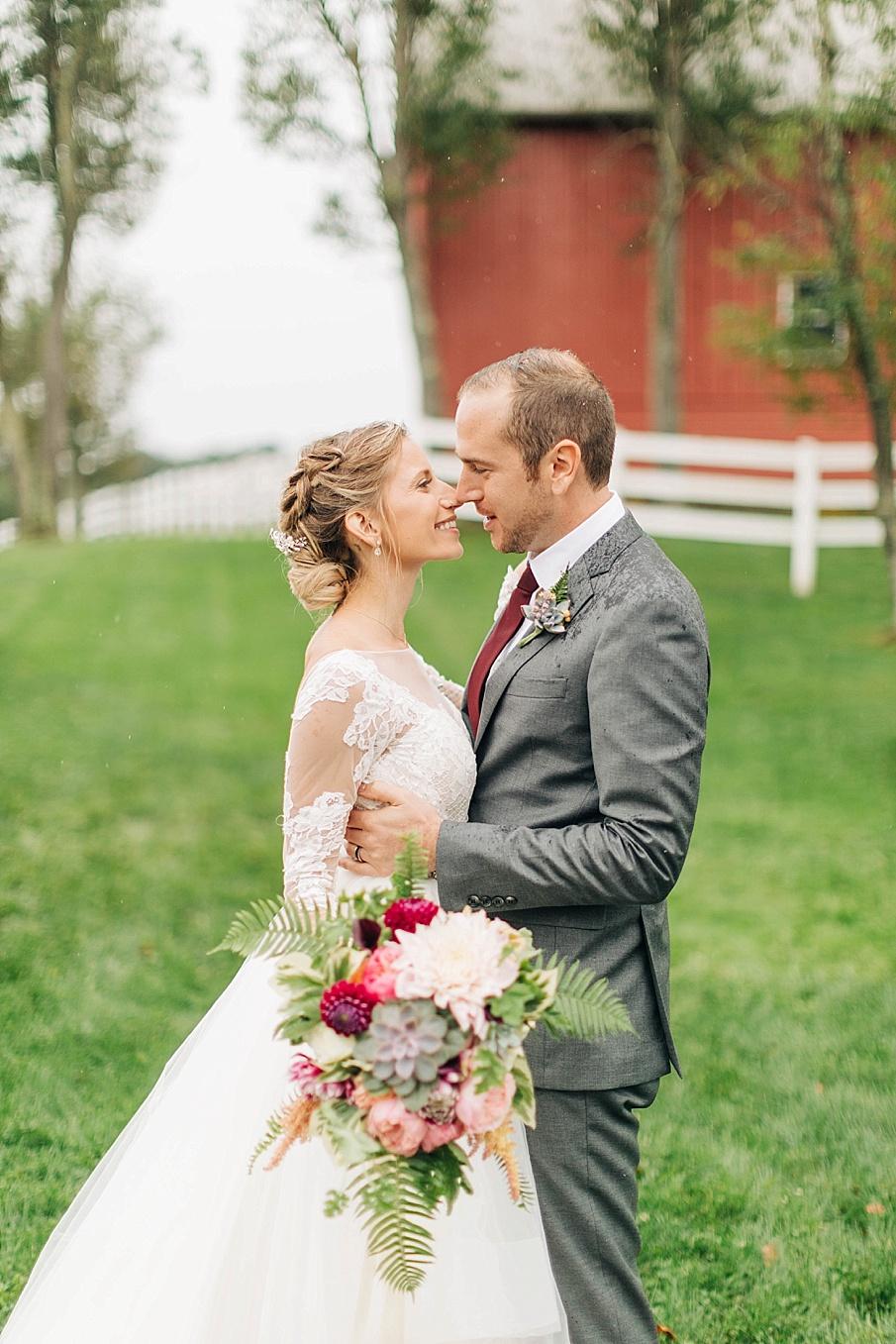 senecaryanco-pennsylvania-wedding-photographer-scranton-friedmanfarms_0071.jpg