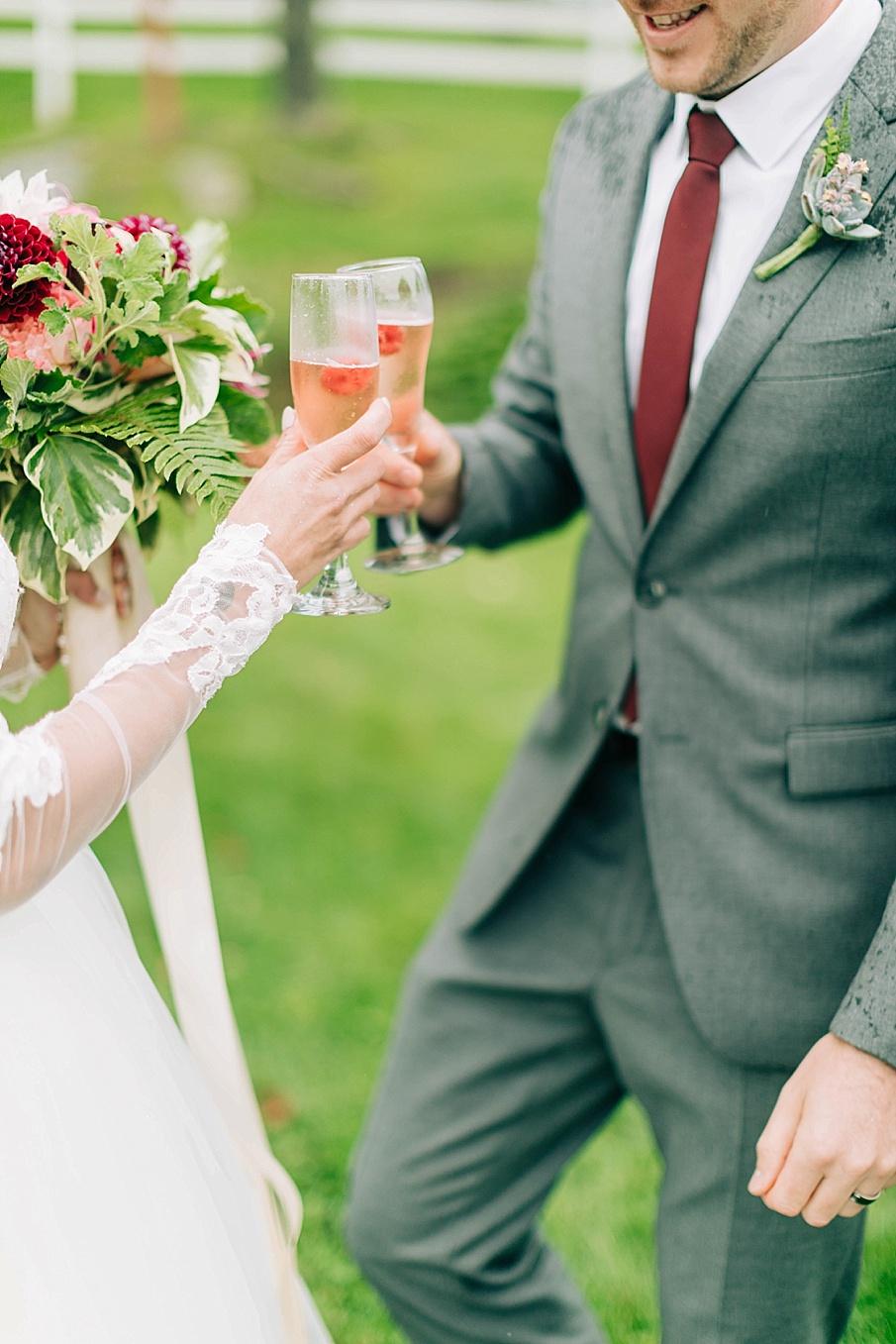 senecaryanco-pennsylvania-wedding-photographer-scranton-friedmanfarms_0076.jpg