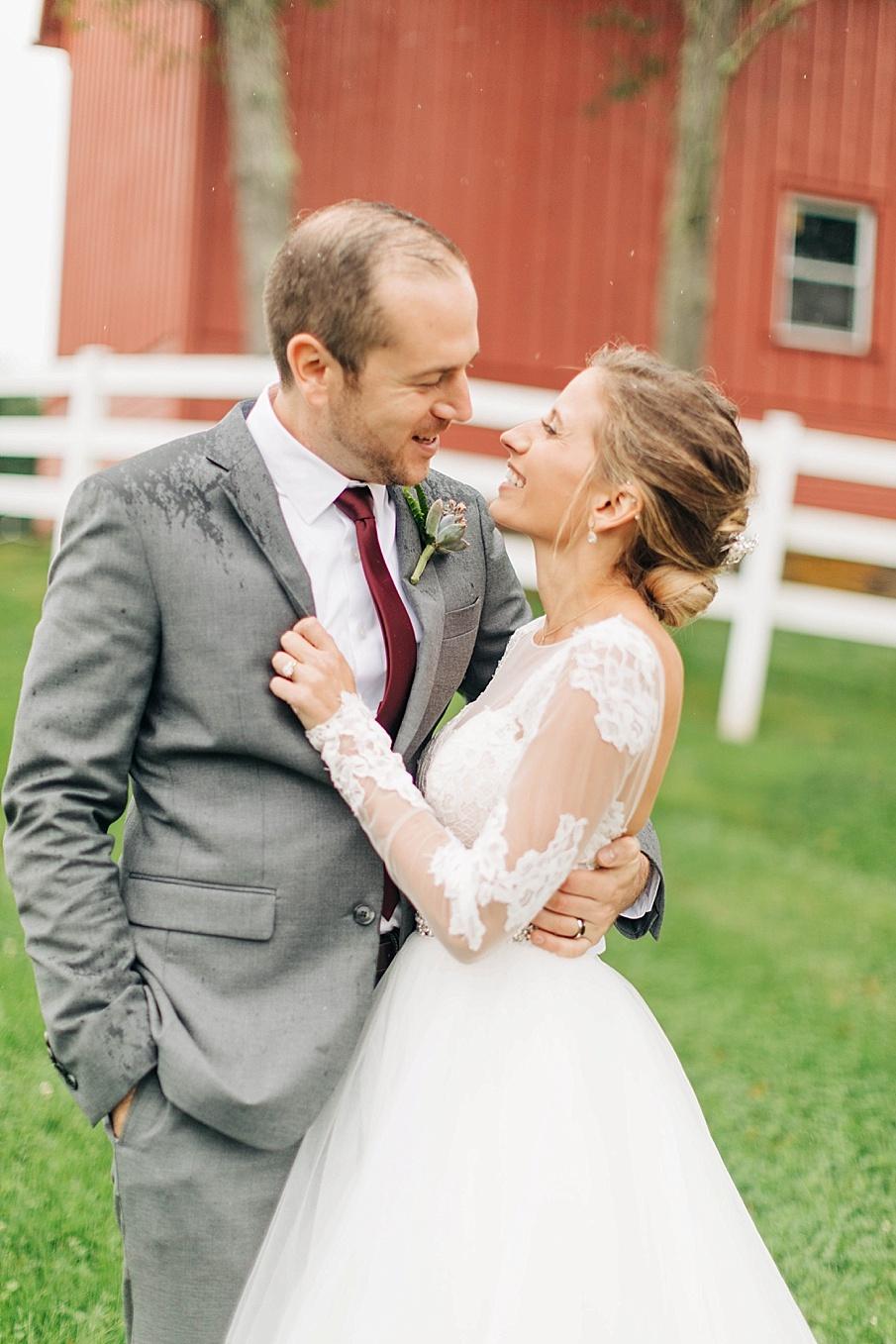 senecaryanco-pennsylvania-wedding-photographer-scranton-friedmanfarms_0078.jpg
