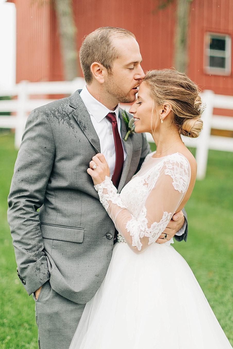 senecaryanco-pennsylvania-wedding-photographer-scranton-friedmanfarms_0079.jpg