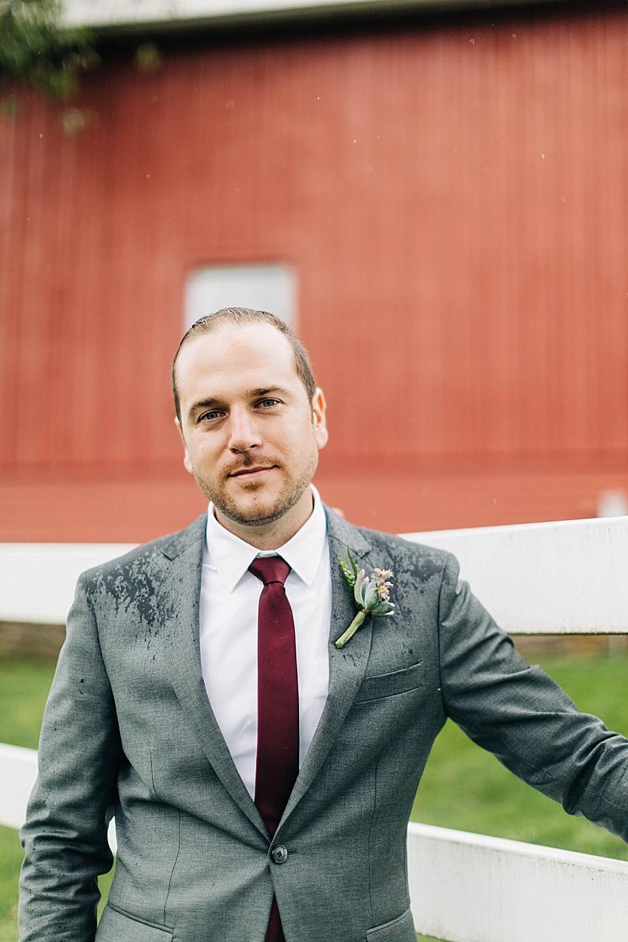 senecaryanco-pennsylvania-wedding-photographer-scranton-friedmanfarms_0083.jpg
