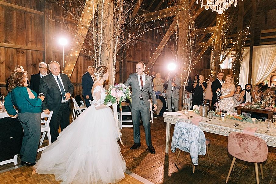 senecaryanco-pennsylvania-wedding-photographer-scranton-friedmanfarms_0104.jpg