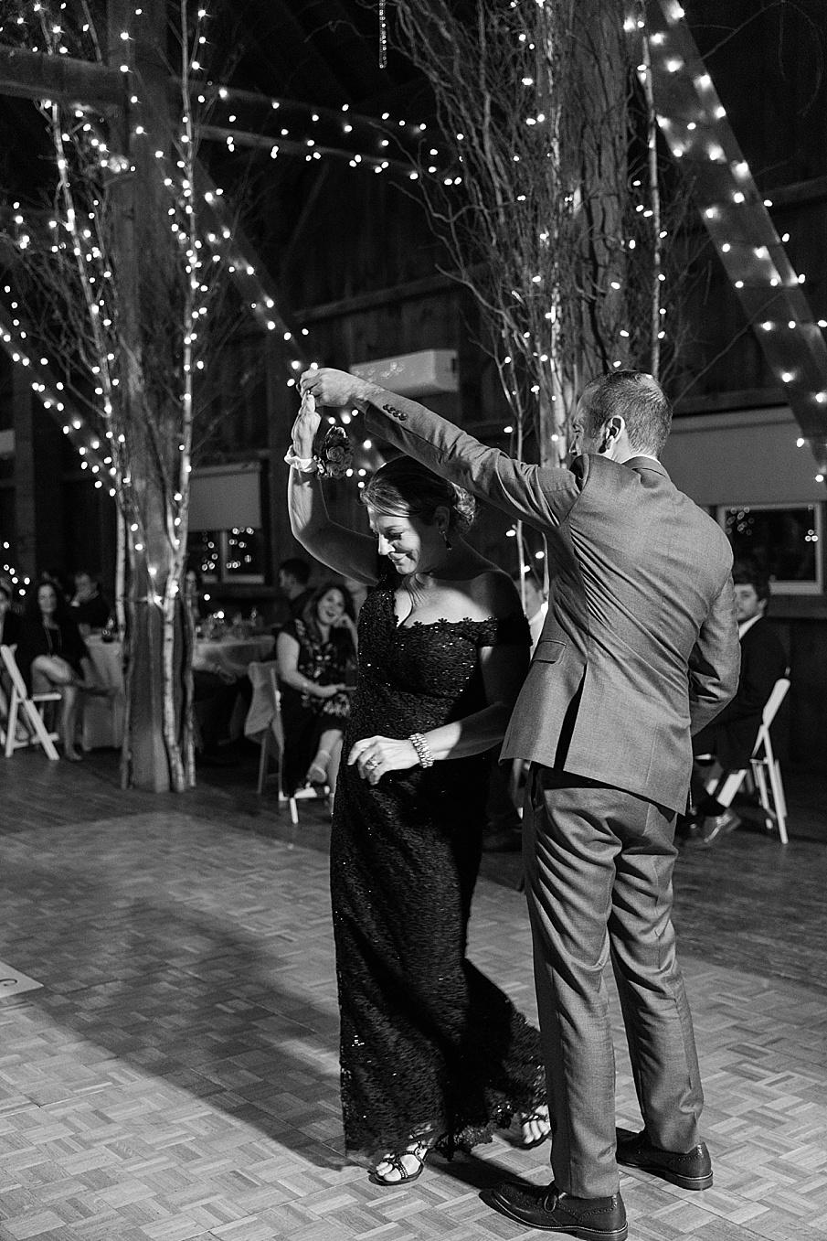 senecaryanco-pennsylvania-wedding-photographer-scranton-friedmanfarms_0125.jpg