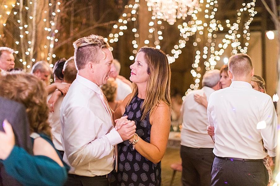senecaryanco-pennsylvania-wedding-photographer-scranton-friedmanfarms_0152.jpg