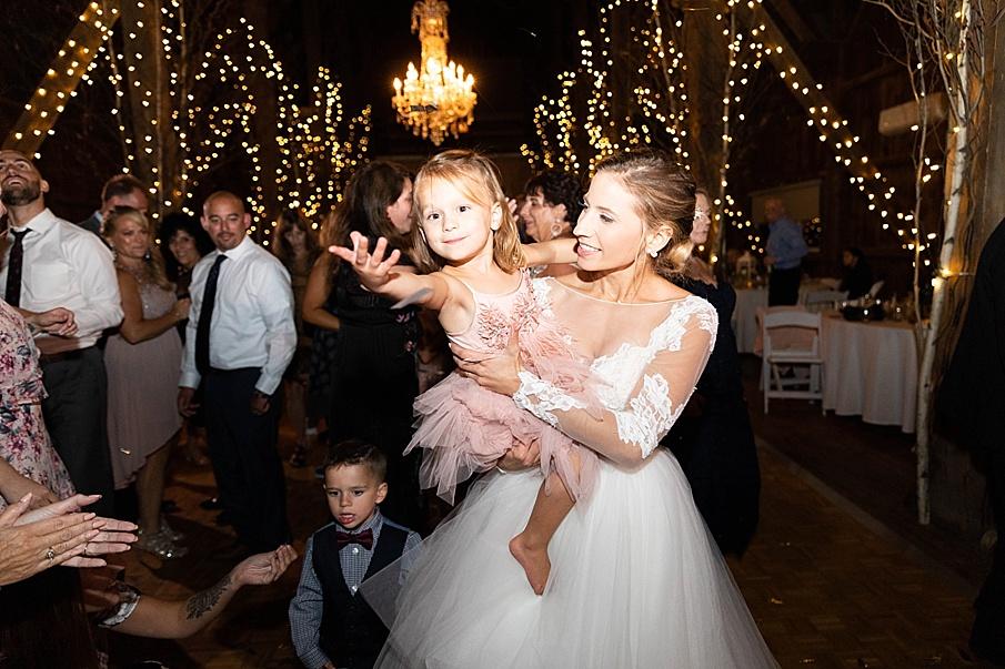 senecaryanco-pennsylvania-wedding-photographer-scranton-friedmanfarms_0162.jpg