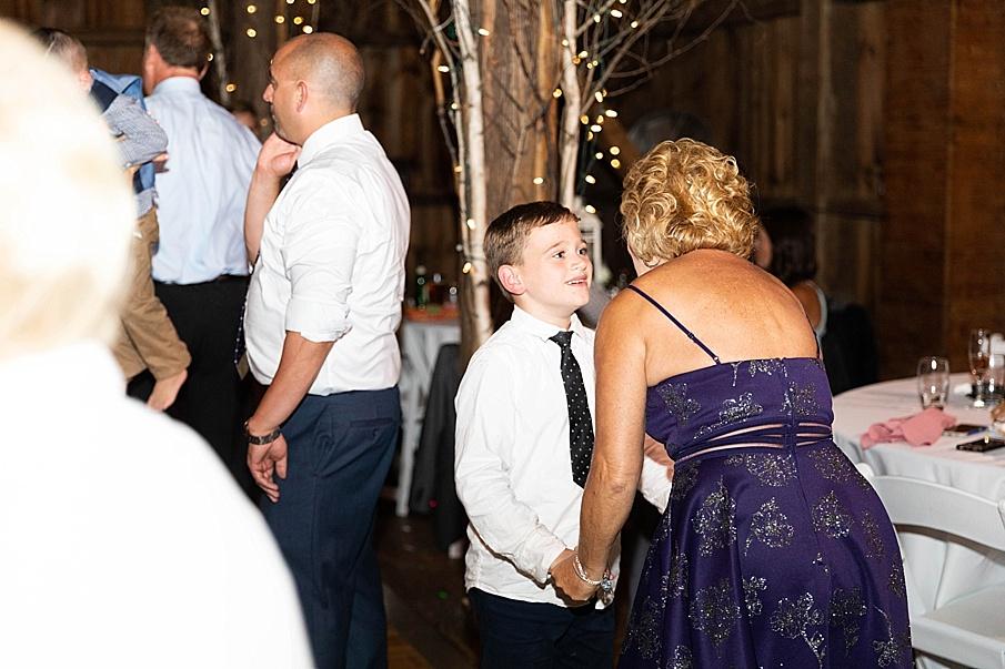 senecaryanco-pennsylvania-wedding-photographer-scranton-friedmanfarms_0166.jpg