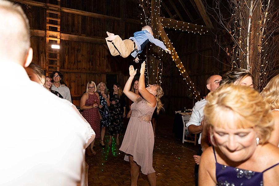 senecaryanco-pennsylvania-wedding-photographer-scranton-friedmanfarms_0167.jpg