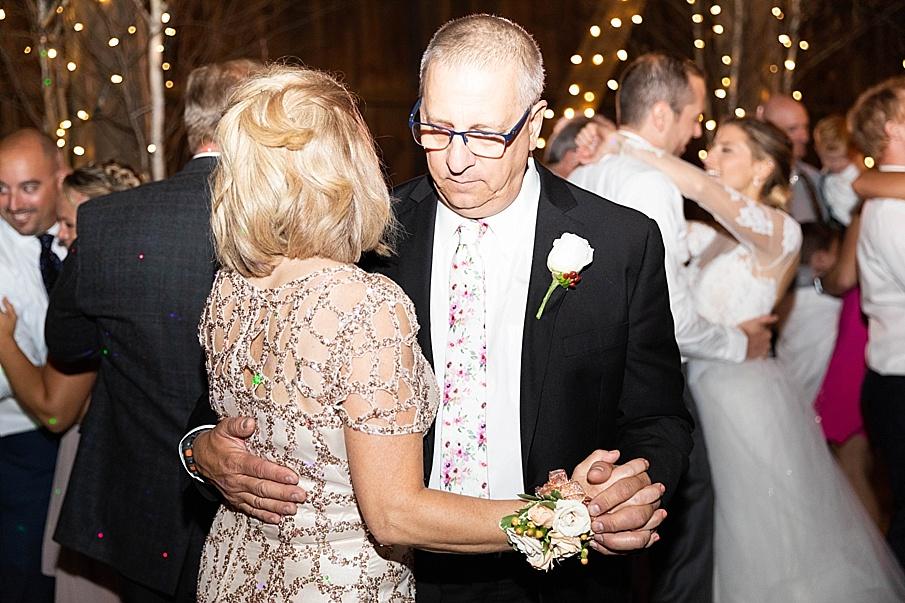 senecaryanco-pennsylvania-wedding-photographer-scranton-friedmanfarms_0170.jpg