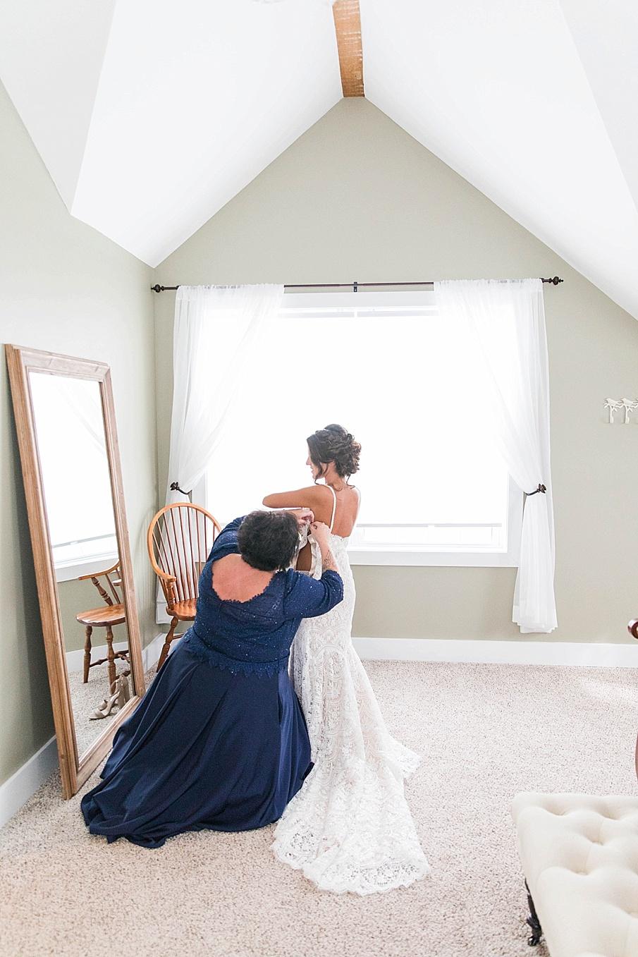 senecaryanco-pennsylvania-wedding-photographer-scranton-farmatcottrelllake_0002.jpg