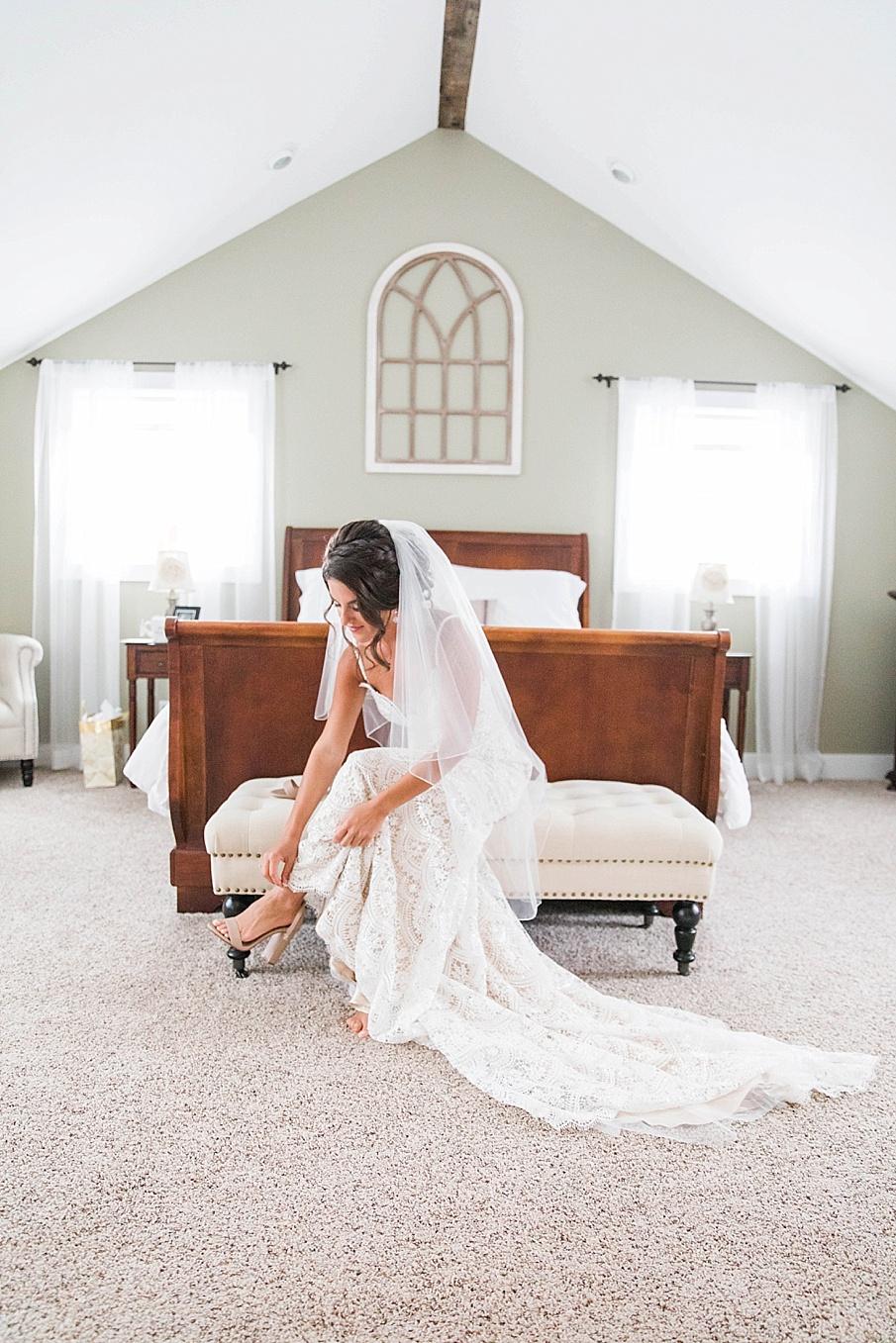 senecaryanco-pennsylvania-wedding-photographer-scranton-farmatcottrelllake_0009.jpg