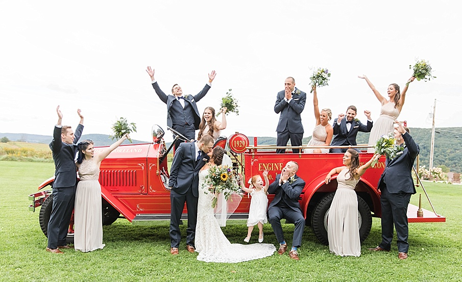 senecaryanco-pennsylvania-wedding-photographer-scranton-farmatcottrelllake_0035.jpg