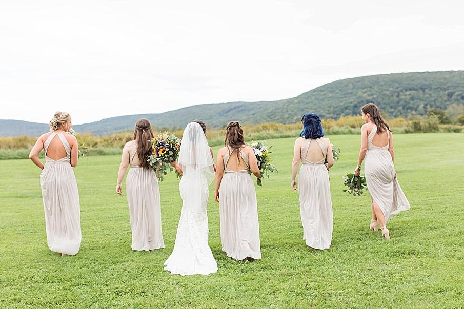 senecaryanco-pennsylvania-wedding-photographer-scranton-farmatcottrelllake_0040.jpg