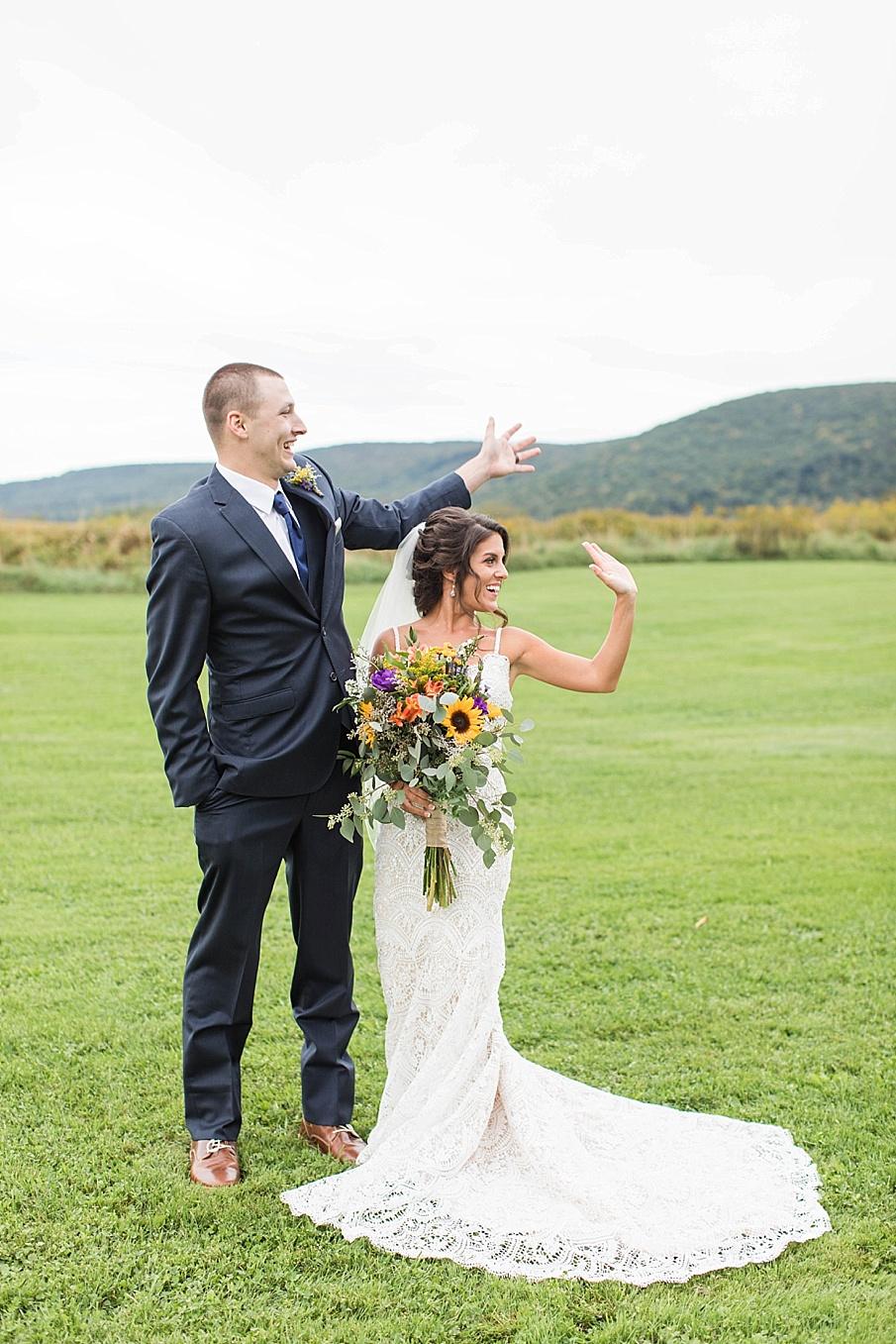 senecaryanco-pennsylvania-wedding-photographer-scranton-farmatcottrelllake_0042.jpg