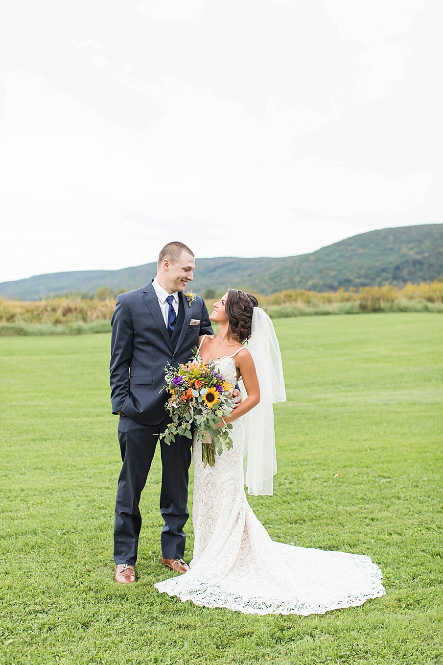 senecaryanco-pennsylvania-wedding-photographer-scranton-farmatcottrelllake_0043.jpg