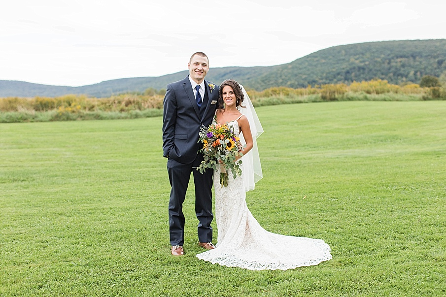senecaryanco-pennsylvania-wedding-photographer-scranton-farmatcottrelllake_0045.jpg