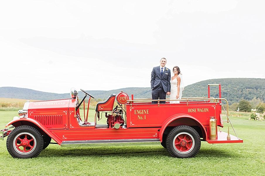 senecaryanco-pennsylvania-wedding-photographer-scranton-farmatcottrelllake_0059.jpg