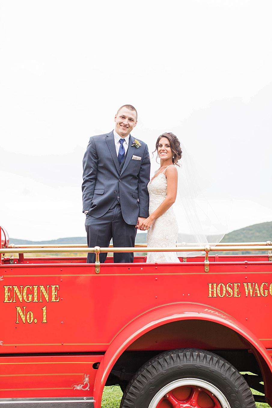 senecaryanco-pennsylvania-wedding-photographer-scranton-farmatcottrelllake_0060.jpg
