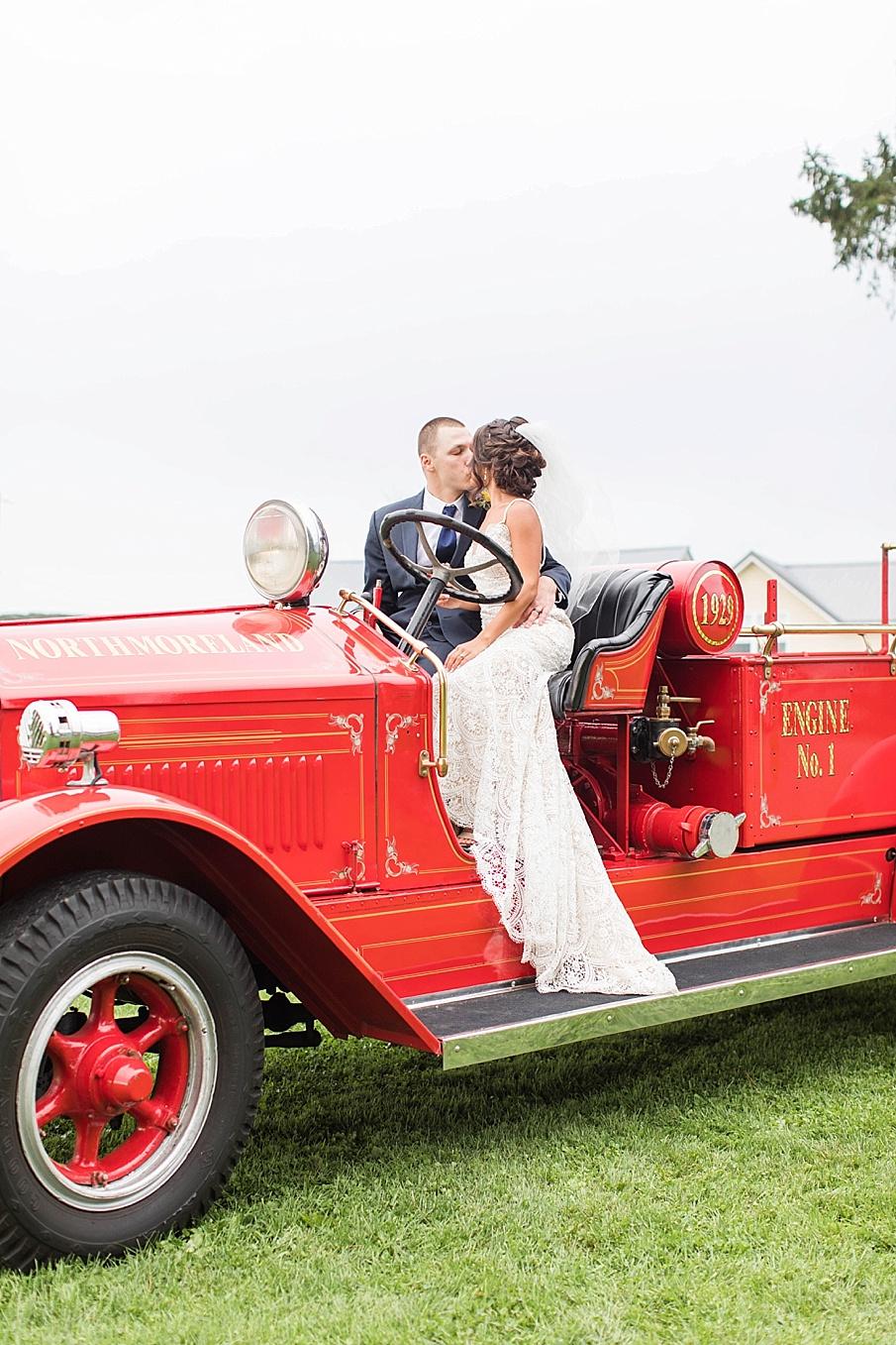 senecaryanco-pennsylvania-wedding-photographer-scranton-farmatcottrelllake_0061.jpg