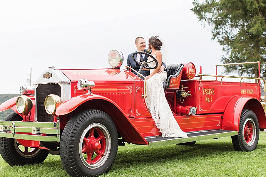 senecaryanco-pennsylvania-wedding-photographer-scranton-farmatcottrelllake_0062.jpg