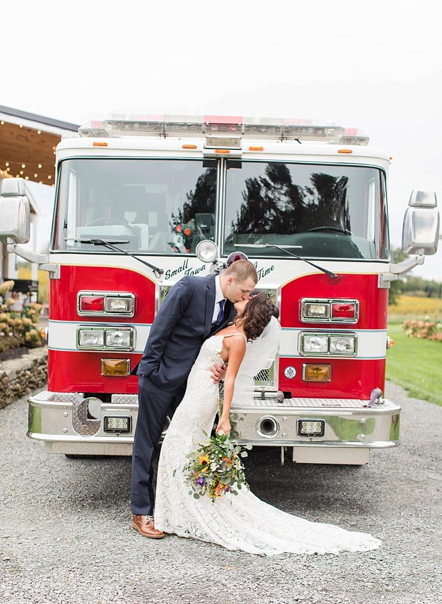 senecaryanco-pennsylvania-wedding-photographer-scranton-farmatcottrelllake_0064.jpg