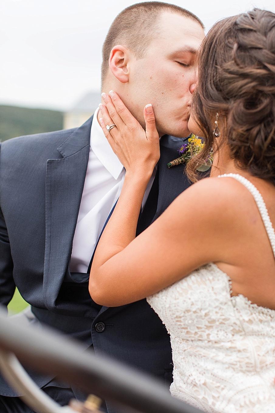 senecaryanco-pennsylvania-wedding-photographer-scranton-farmatcottrelllake_0063.jpg