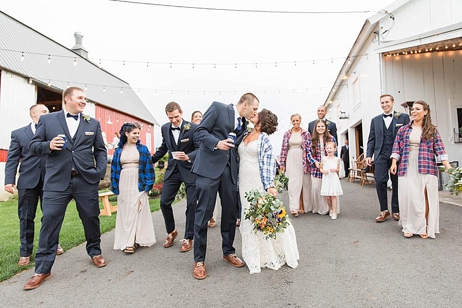 senecaryanco-pennsylvania-wedding-photographer-scranton-farmatcottrelllake_0071.jpg
