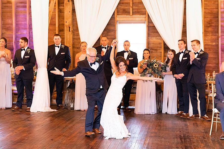 senecaryanco-pennsylvania-wedding-photographer-scranton-farmatcottrelllake_0076.jpg