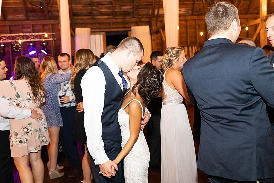 senecaryanco-pennsylvania-wedding-photographer-scranton-farmatcottrelllake_0091.jpg