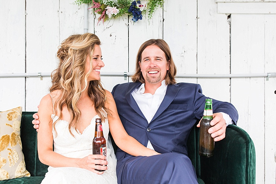 senecaryanco-pennsylvania-wedding-photographer-scranton-farmatcottrelllake_0133.jpg