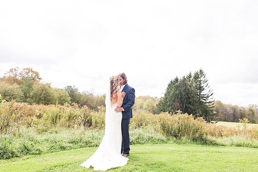 senecaryanco-pennsylvania-wedding-photographer-scranton-farmatcottrelllake_0138.jpg