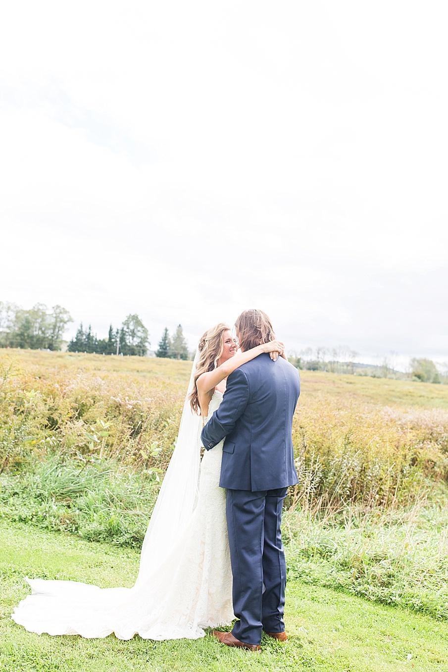 senecaryanco-pennsylvania-wedding-photographer-scranton-farmatcottrelllake_0137.jpg