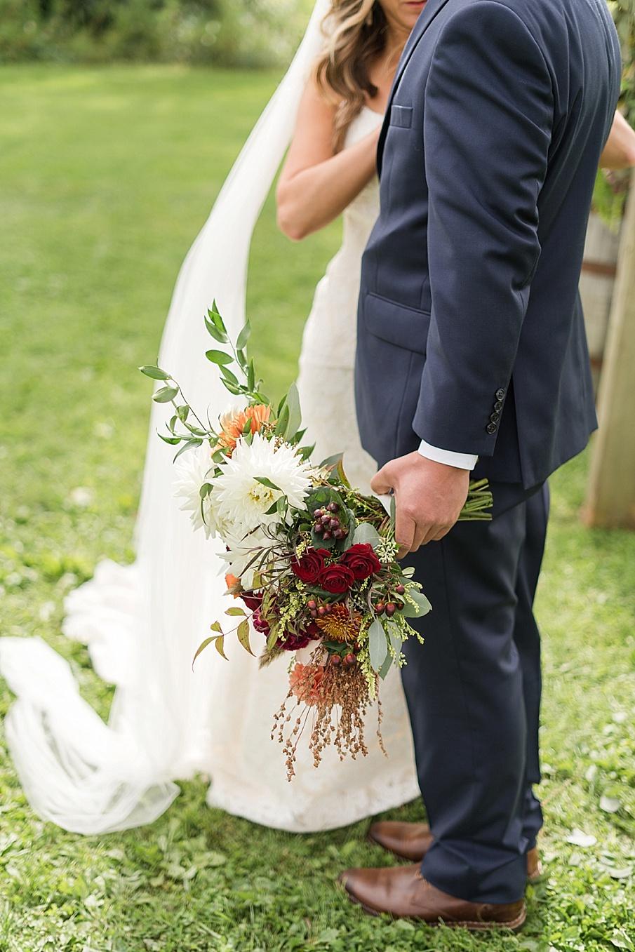 senecaryanco-pennsylvania-wedding-photographer-scranton-farmatcottrelllake_0146.jpg