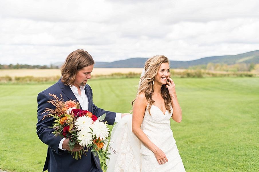 senecaryanco-pennsylvania-wedding-photographer-scranton-farmatcottrelllake_0149.jpg