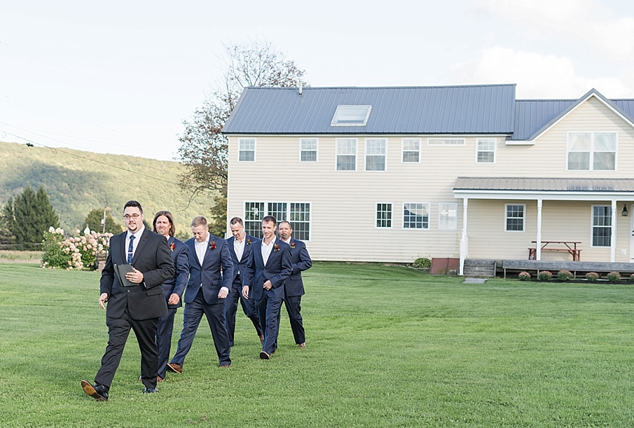 senecaryanco-pennsylvania-wedding-photographer-scranton-farmatcottrelllake_0181.jpg