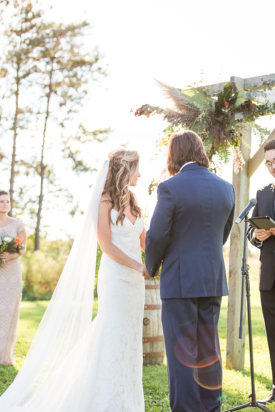 senecaryanco-pennsylvania-wedding-photographer-scranton-farmatcottrelllake_0183.jpg