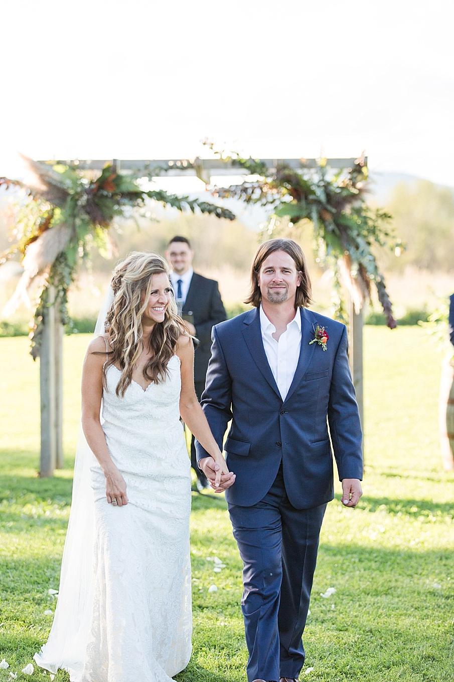 senecaryanco-pennsylvania-wedding-photographer-scranton-farmatcottrelllake_0188.jpg