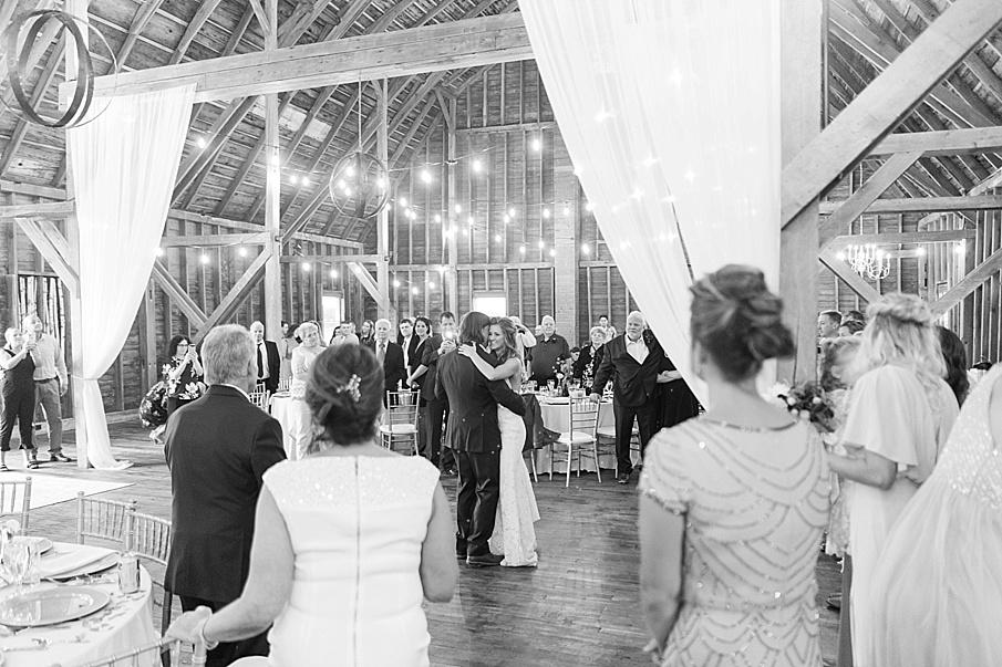 senecaryanco-pennsylvania-wedding-photographer-scranton-farmatcottrelllake_0230.jpg