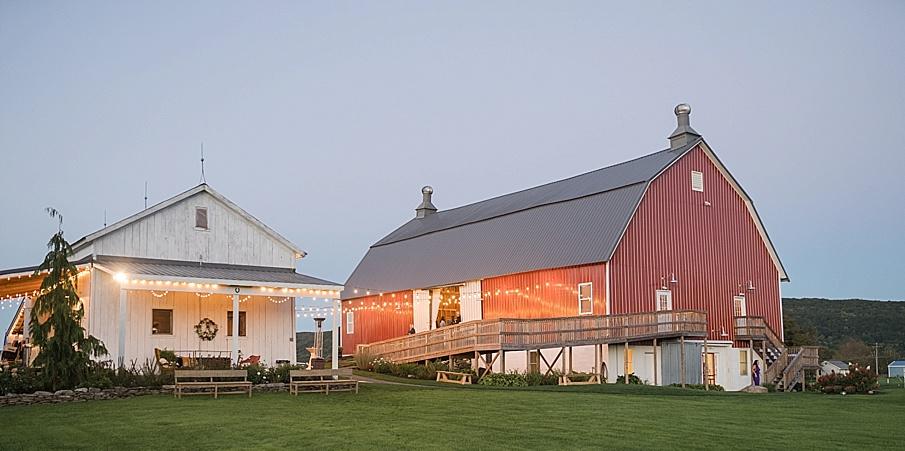 senecaryanco-pennsylvania-wedding-photographer-scranton-farmatcottrelllake_0235.jpg