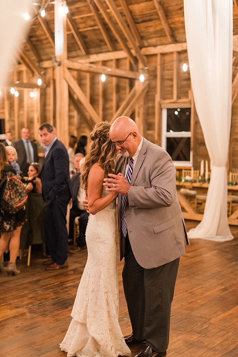 senecaryanco-pennsylvania-wedding-photographer-scranton-farmatcottrelllake_0239.jpg