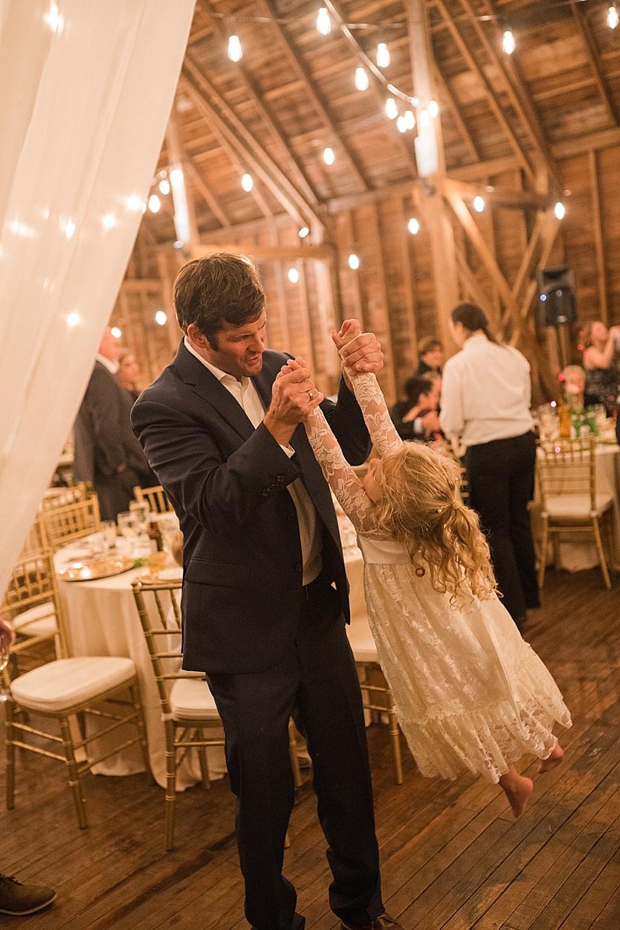 senecaryanco-pennsylvania-wedding-photographer-scranton-farmatcottrelllake_0251.jpg