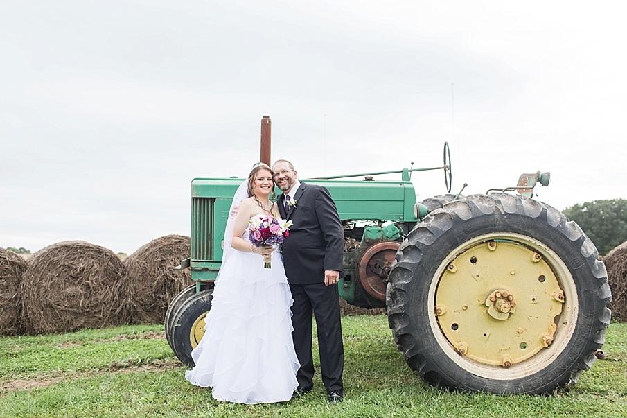 senecaryanco-pennsylvania-wedding-photographer-scranton-barnatglisteningpond_0003.jpg