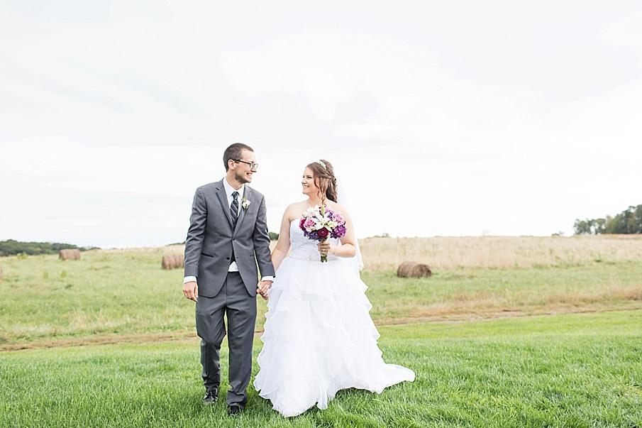 senecaryanco-pennsylvania-wedding-photographer-scranton-barnatglisteningpond_0021.jpg