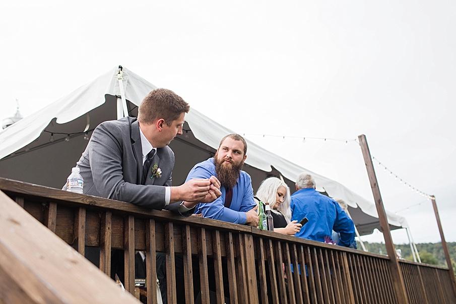 senecaryanco-pennsylvania-wedding-photographer-scranton-barnatglisteningpond_0025.jpg