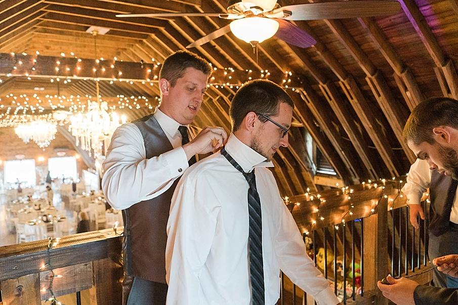 senecaryanco-pennsylvania-wedding-photographer-scranton-farmatcottrelllake_0413.jpg