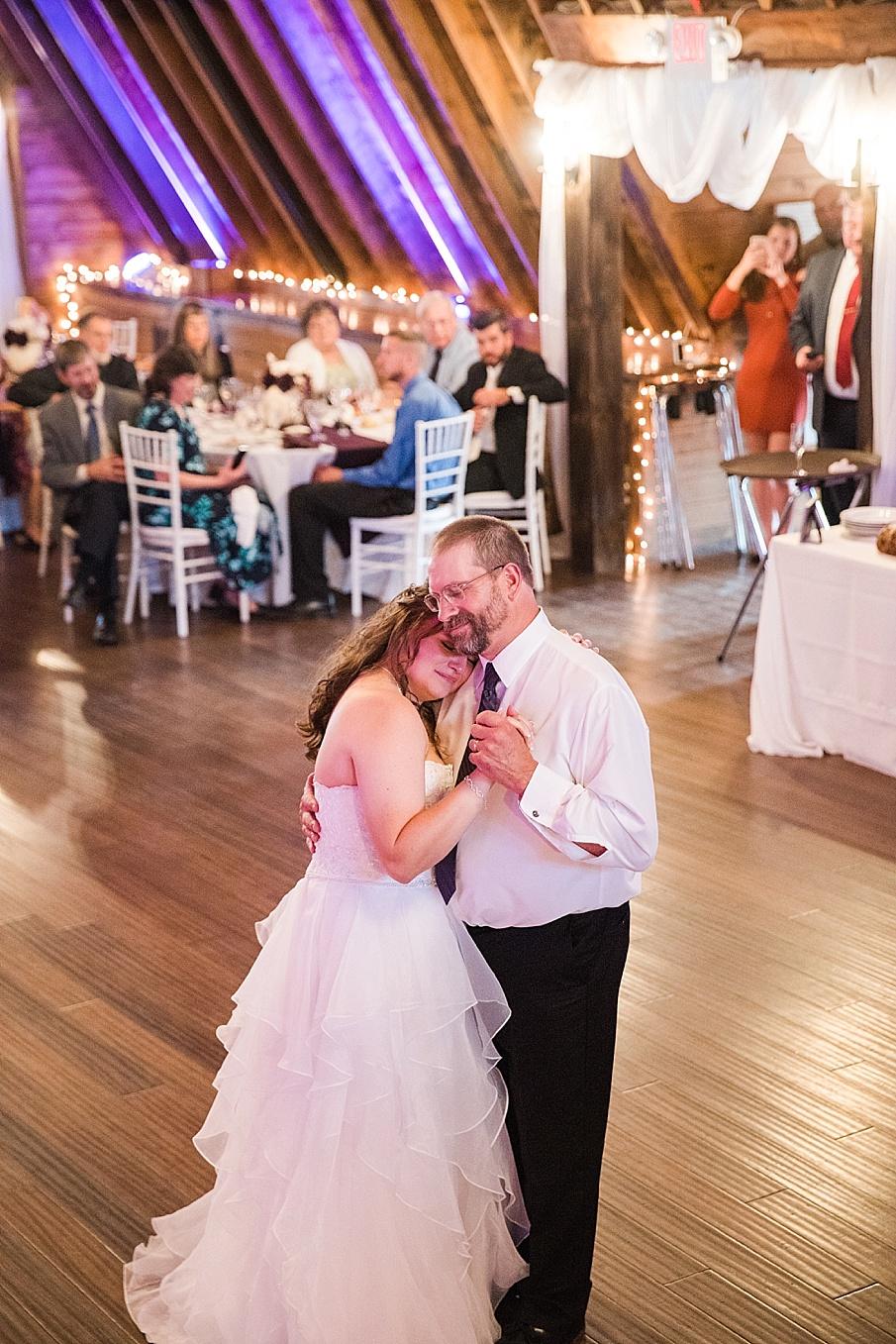 senecaryanco-pennsylvania-wedding-photographer-scranton-farmatcottrelllake_0434.jpg